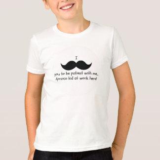 Bigote I usted a ser paciente… Camisa de la