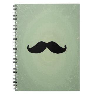 Bigote negro retro del vintage en verde menta cuaderno