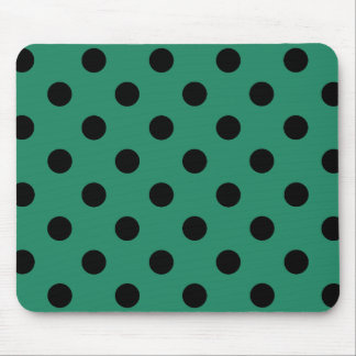 Black polka dots in green alfombrilla de ratón