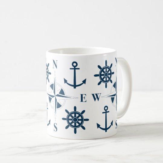 Blanco de la marina de guerra de las anclas y del taza de café