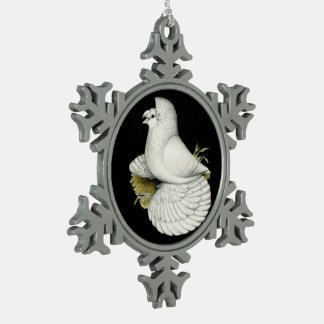 Blanco de la paloma del trompetista adorno de peltre tipo copo de nieve