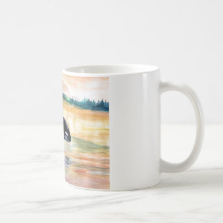 Blanco de salto de la orca de la ballena taza
