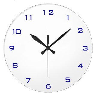 Blanco llano y relojes llanos de la cocina de Blue