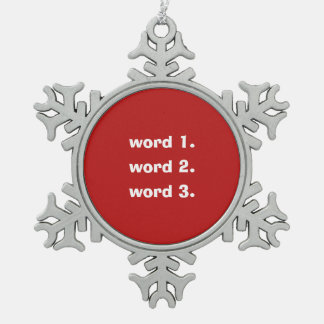 Blanco rojo personalizado del texto de tres adorno de peltre tipo copo de nieve