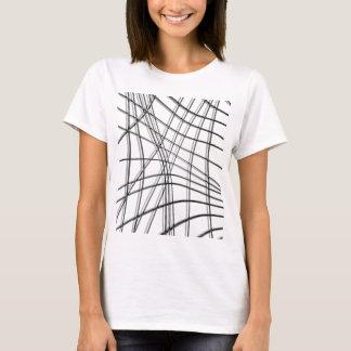 Blanco y líneas deformadas negro camiseta