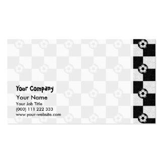 Blanco y negro a cuadros con los balones de fútbol tarjetas personales