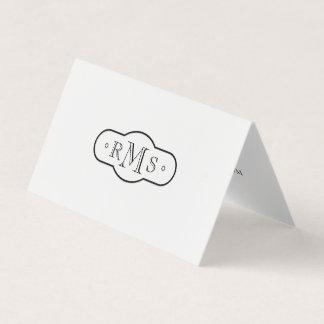 Blanco y negro con monograma de la fuente de tarjeta de visita