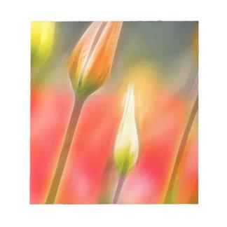 Bloc De Notas Bosquejo rojo y amarillo del tulipán
