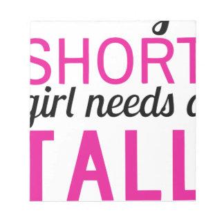 Bloc De Notas cada chica corto necesita un bestfriend alto