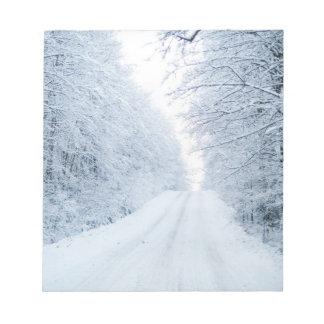 Bloc De Notas Escena de la carretera nacional del invierno