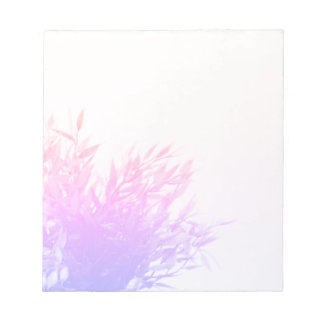 Bloc De Notas Naturaleza rosada de la planta que crece que
