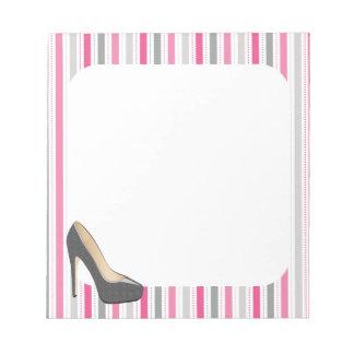 Bloc De Notas Rayas rosadas y grises con el estilete gris