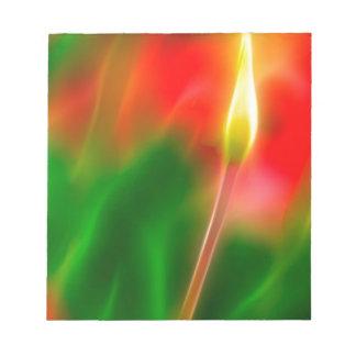 Bloc De Notas Resplandor verde, rojo y amarillo del tulipán