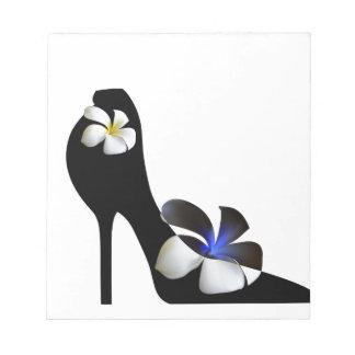 Bloc De Notas Zapatos de tacón alto elegantes negros. Fantasía