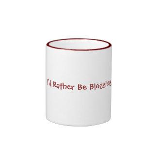 Blogging bastante taza de café