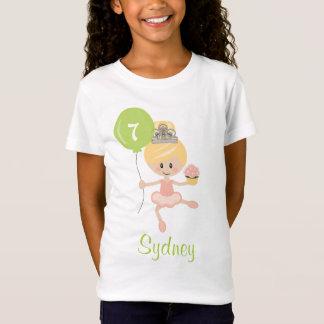 Blonde de la camisa del cumpleaños de la bailarina
