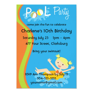 Blonde de la fiesta en la piscina invitación 12,7 x 17,8 cm
