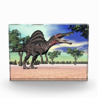 Bloque Para Fotos Dinosaurio de Spinosaurus en el desierto - 3D