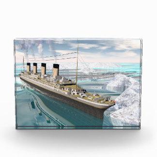 Bloque Para Fotos Nave titánica - 3D rinden