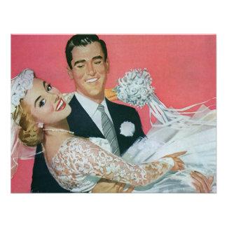 Boda del vintage novia que lleva del novio recie invitaciones personalizada