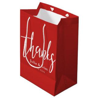 Boda rojo del escarlata de la tipografía de las bolsa de regalo mediana