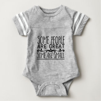Body Para Bebé Alguna gente es grande. Algunos son pequeños