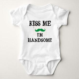 Body Para Bebé BÉSEME que soy DÍA HERMOSO del ST. PATRICKS del