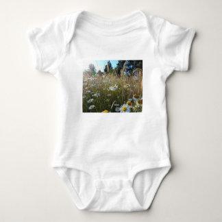 Body Para Bebé Campo de margaritas