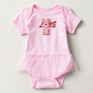 Body Para Bebé Conejo rosado feliz de la lupulización para el día