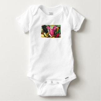 Body Para Bebé Corazón rosado brillante colorido lindo del