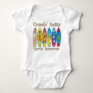 Body Para Bebé Crawlin hoy. .surfin mañana