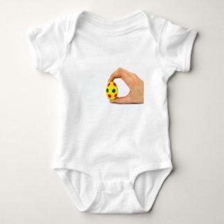 Body Para Bebé Dé el huevo de Pascua amarillo pintado tenencia