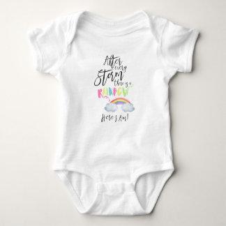Body Para Bebé Después de cada tormenta hay un mono del arco iris