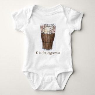 Body Para Bebé E está para la crema de huevo clásica de chocolate