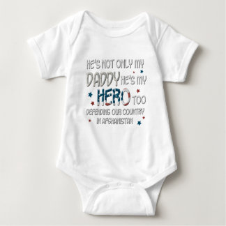 Body Para Bebé Él es no sólo mi papá que él es mi héroe también