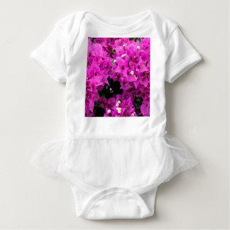 Body Para Bebé Fondo fucsia púrpura del Bougainvillea