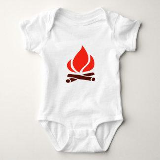 Body Para Bebé fuego caliente en chimenea