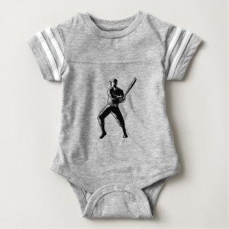 Body Para Bebé Grabar en madera del bateo del jugador de béisbol
