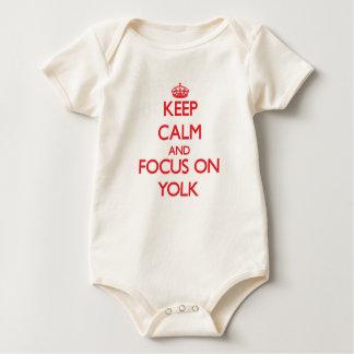 Body Para Bebé Guarde la calma y el foco en la yema de huevo