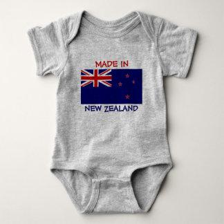 Body Para Bebé Hecho en Nueva Zelanda con la bandera de Nueva