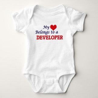 Body Para Bebé Mi corazón pertenece a un desarrollador