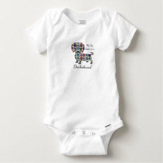 Body Para Bebé Mi hermana grande es un mono del Dachshund