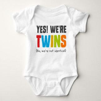 Body Para Bebé No, no somos idénticos