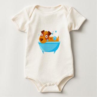 Body Para Bebé Perrito que toma un baño de burbujas en tina