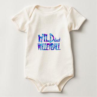 Body Para Bebé Salvaje sobre voleibol