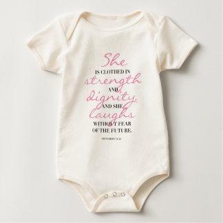 Body Para Bebé Tipografía cristiana. 31:25 de los proverbios.