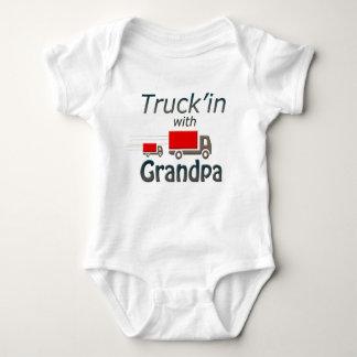 Body Para Bebé Truck'in con el abuelo