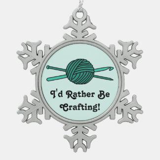 Bola de la turquesa del hilado (punto y ganchillo) adorno de peltre en forma de copo de nieve