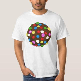 Bola del color del caramelo de chocolate camiseta