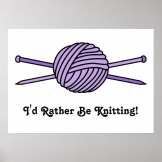 Bola púrpura del hilado y de las agujas que hacen  poster